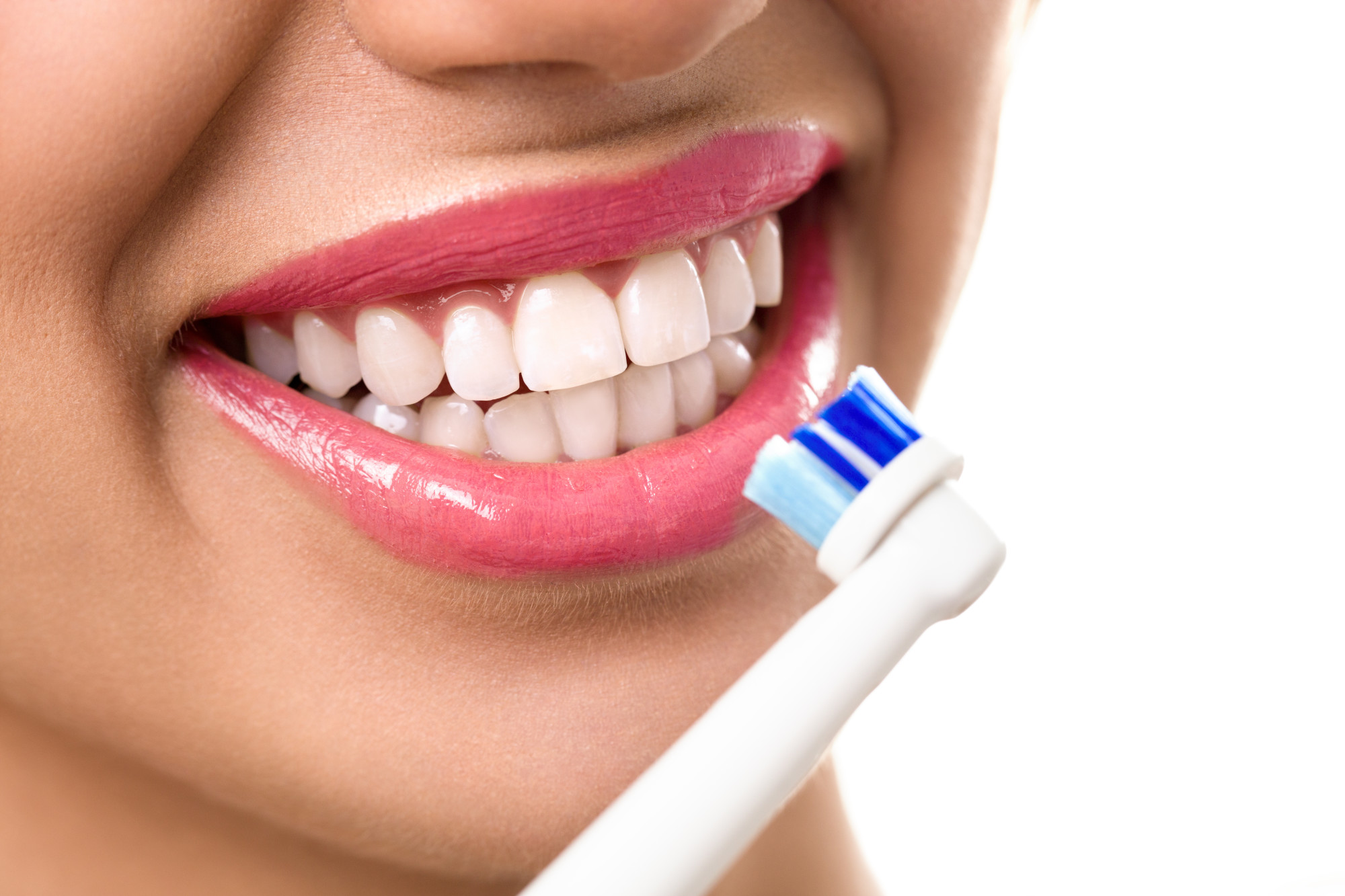 Oral Hygiene: Top 7 Mistakes You Make While Cleaning Your Teeth